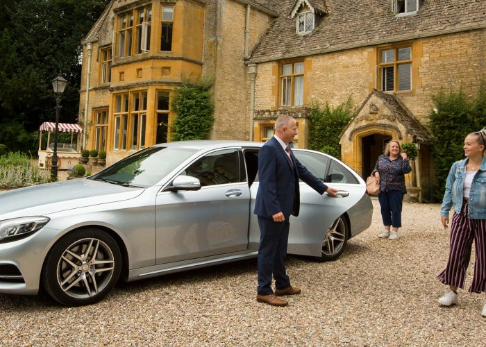 Arriving in the Cotswolds by car